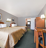 2 Queen Accessible in Days Inn Granbury
